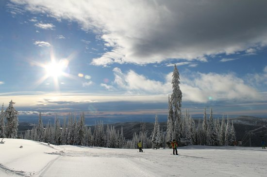 Sun Peaks Ski Area: Top of Sundance Mountain at Sun Peaks