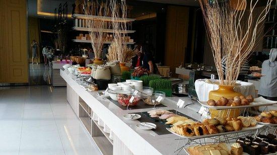 Chatrium Residence Sathon Bangkok: Breakfast