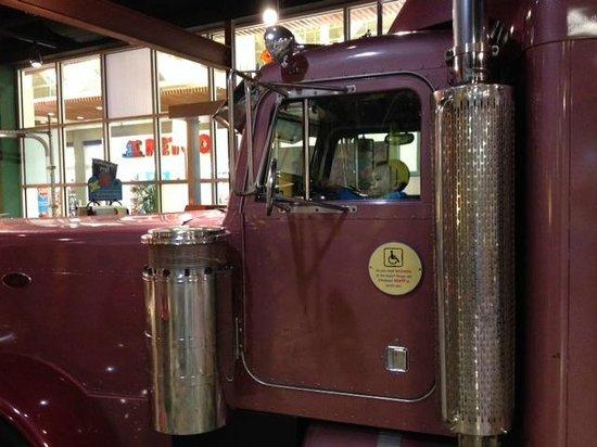 KidsQuest Children's Museum: Semi Truck