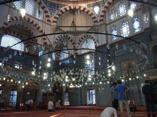 Mezquita de Rüstem Paşa: リュステム・パシャ・ジャーミィ