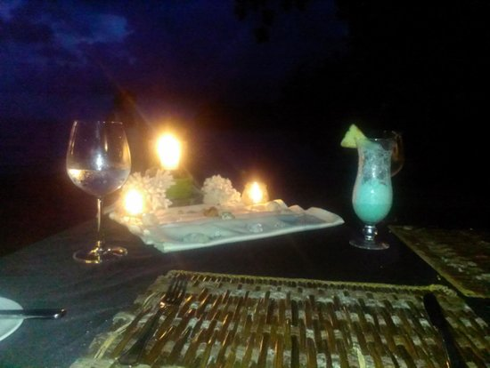 The Andaman, A Luxury Collection Resort : Romantic Beachside Dinner
