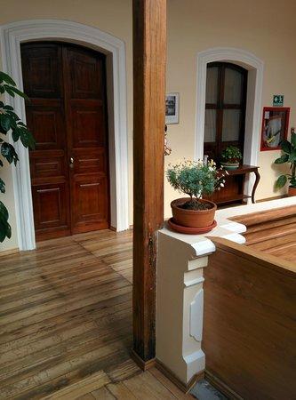 Casa El Eden : Door to Tomate de Arbol room on 3rd floor