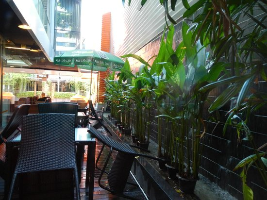 The Heritage Bangkok: Resturant atmosphere