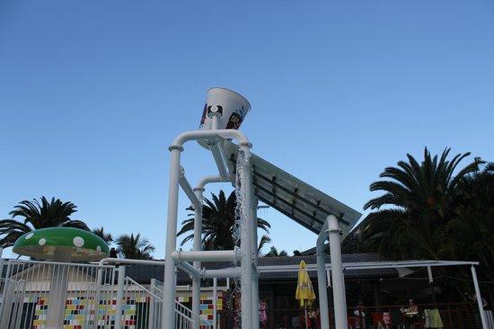 Turtle Beach Resort: splash zone
