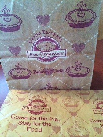 Grand Traverse Pie Company : Homey Surroundings