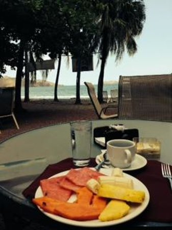 Hotel El Velero : My early morning breakfast view