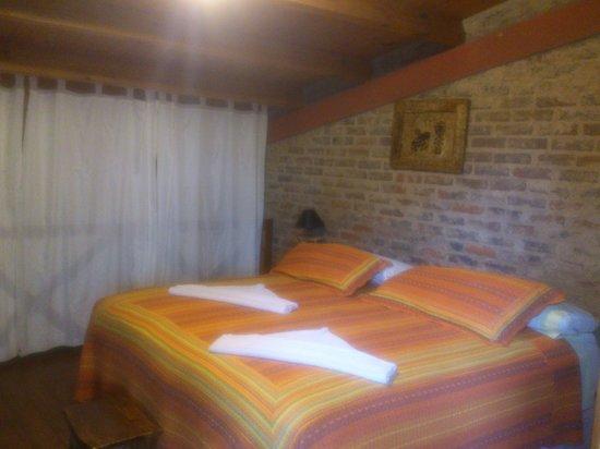Jasy Hotel : Main Bed