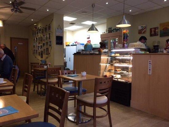 Cafe Le Monde: Inside the cafe