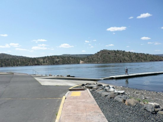 Prineville Reservoir State Park: Boat Launch (Fishing Pier to the Left out of frame)