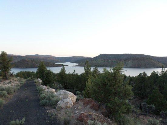Prineville Reservoir State Park: Coming On Sunset