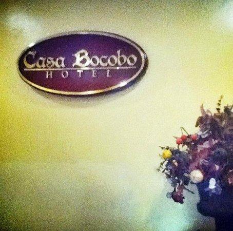 Casa Bocobo Hotel: Front desk.