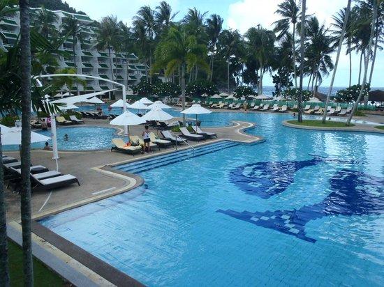 Le Meridien Phuket Beach Resort : Le Meridien, lovely pool