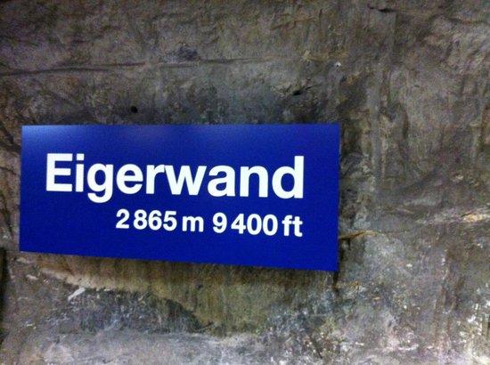 Jungfraujoch: Midway Train Stop