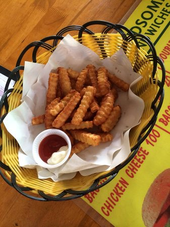 Handsome Sandwiches: The yummiest French fries!!!
