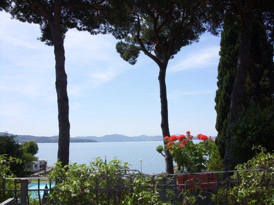 Hotel Kursaal Umbria: Vista dal terrazzo