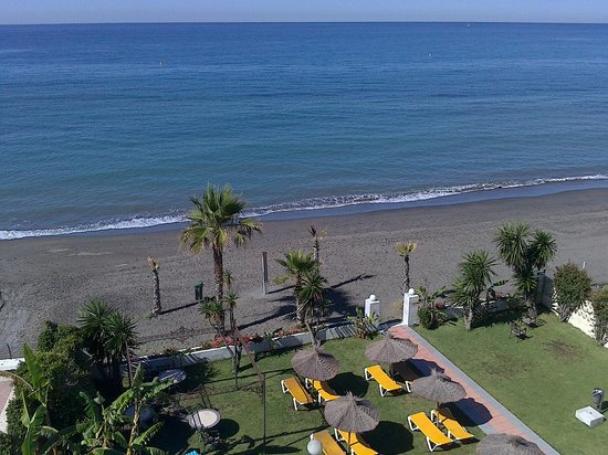 Santa Rosa Hotel : vue sur le jardin et la mer depuis le 3è etage