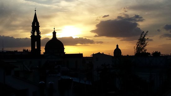 Hotel Restaurant  La Scaletta: Sunset view from rooftop deck
