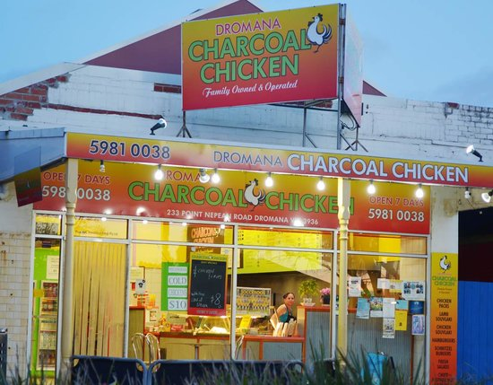 Dromana Charcoal Chicken: Just across the road from the beach!