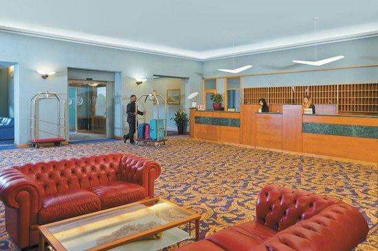 Green Park Hotel Pamphili: Hall
