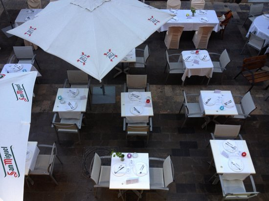 Restaurante Navarro: Nuestra terraza