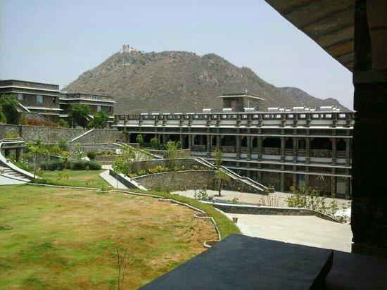 Ramada Udaipur Resort and Spa : View 5