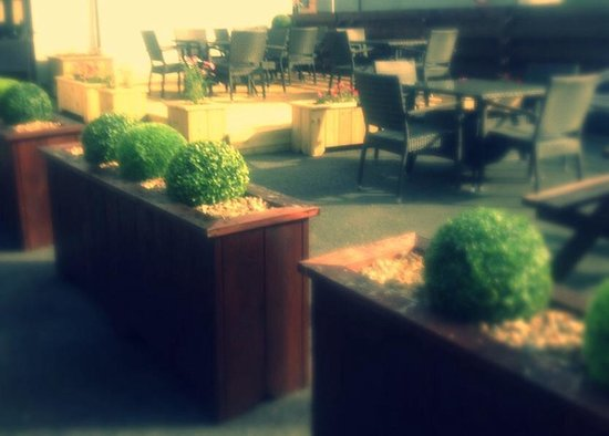 Glendevon Hotel : Beer garden