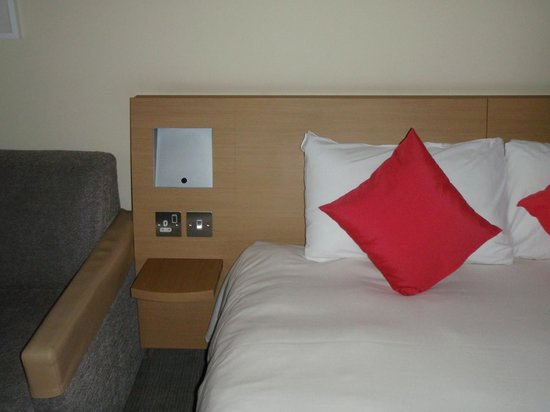 Novotel Coventry: Bedside Table