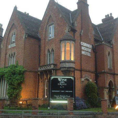 The Corner House Hotel: Corner House, Taunton.
