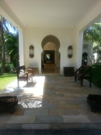 Baraza Resort & Spa: Entrance