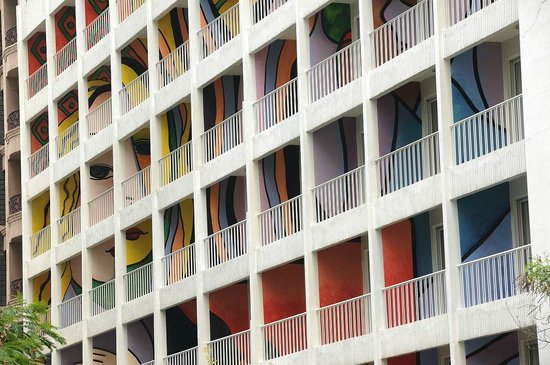 The Picasso Boutique Serviced Residences: Hotel Facade