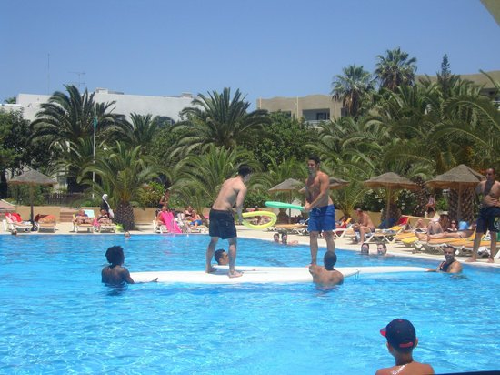 Mediterranee Thalasso Golf : Pool Animation