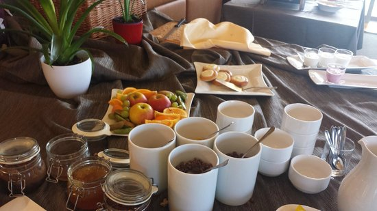 Grund Resort: breakfast