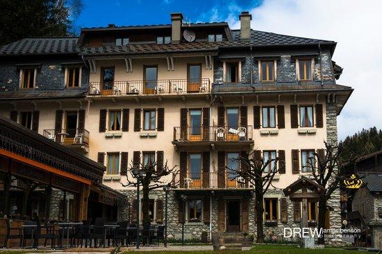 Hotel de La Couronne : Old world charm.