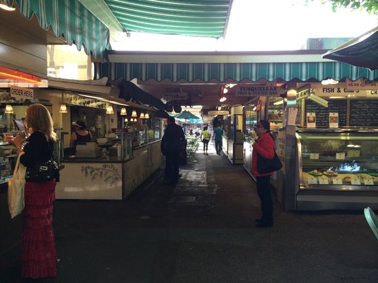 The Original Farmers Market : Food stalls