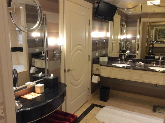 The Palazzo Resort Hotel Casino : Bathroom