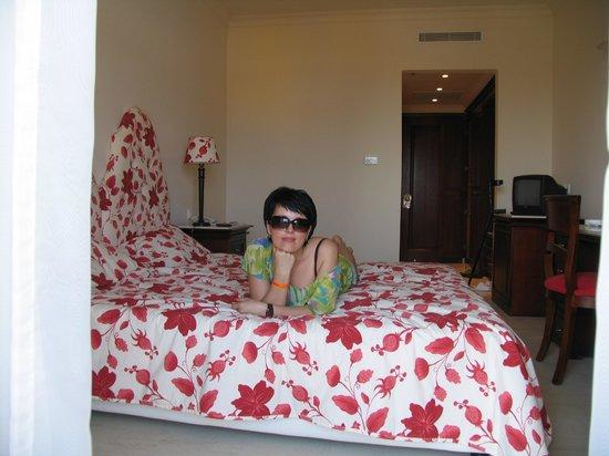 Roda Beach Resort & Spa: Номер дубль