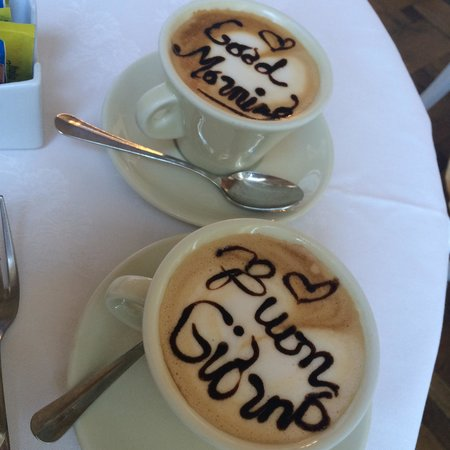 Hotel Bretagna: Our morning cappuccinos