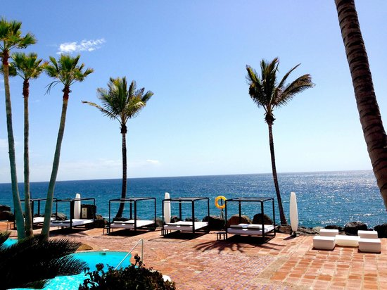 Hotel Jardin Tropical: Leider nur gegen Aufpreis benützbare Liegen
