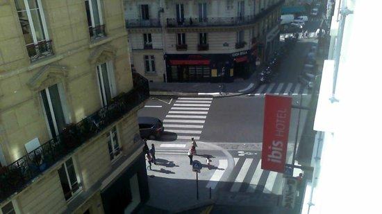 Ibis Paris Opera la Fayette: Desde la ventana