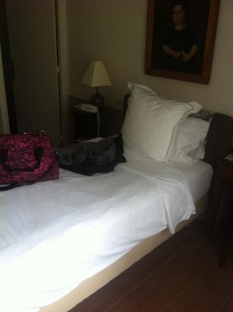 Hotel des Saints-Peres: Single bed