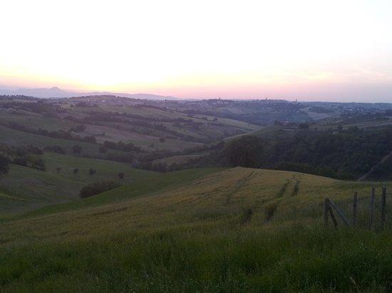 Agriturismo la Perla: paesaggio 2