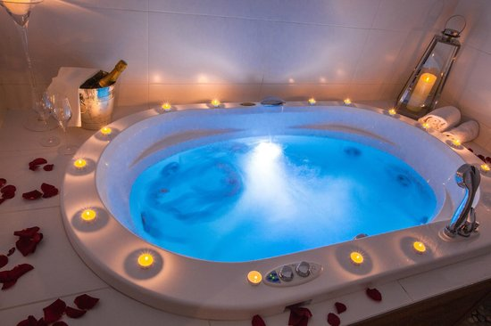 Hotel Baud: Jacuzzi
