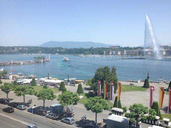 Hotel Beau-Rivage Geneva: Vue de la suite