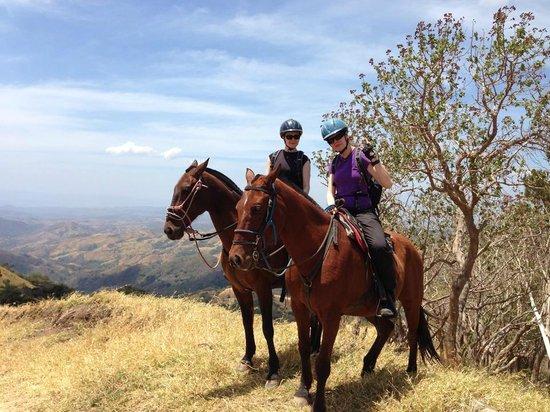 Horse Trek Monteverde - Horseback Riding in Costa Rica : Texas, Whisky and us.