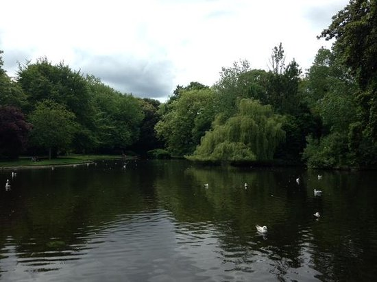 St Stephen's Green : lovely