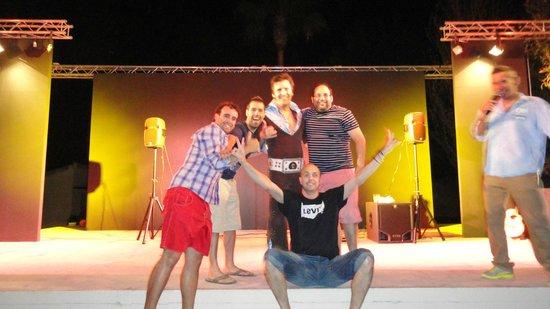 Valentin Playa de Muro: Actuación nocturna