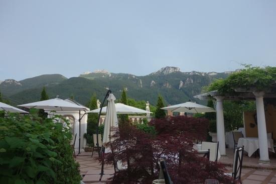 Residenz Heinz Winkler: view from the terrace