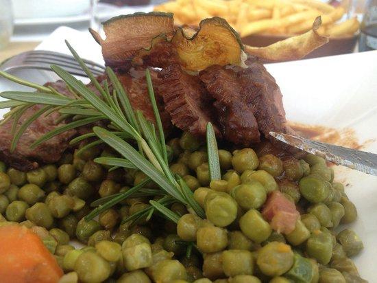 Bistrot du Coin: magret de canard, eend, lunch menu