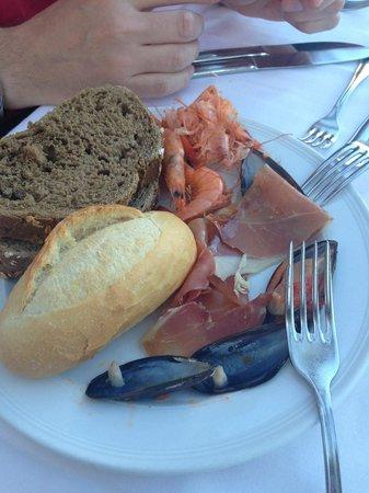 Hotel Costa Calero : Show cooking - fresh prawns
