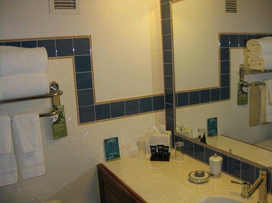 Sky Hotel - a Kimpton Hotel : Bathroom